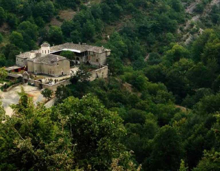 Mănăstirea Izvorul Tămăduirii - Velanidia