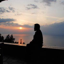 Sfântul Teofan Zăvorâtul: Cum să ne pregătim pentru rugăciune, lucrarea de căpetenie a vieții noastre